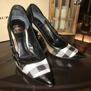 Burberry Womens Size 6 Quilted Check Heels Shoes